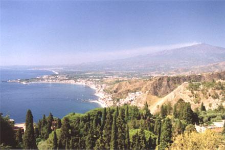 Giardini naxos informazioni monumenti hotel foto su giardini naxos in sicilia - I giardini di naxos ...